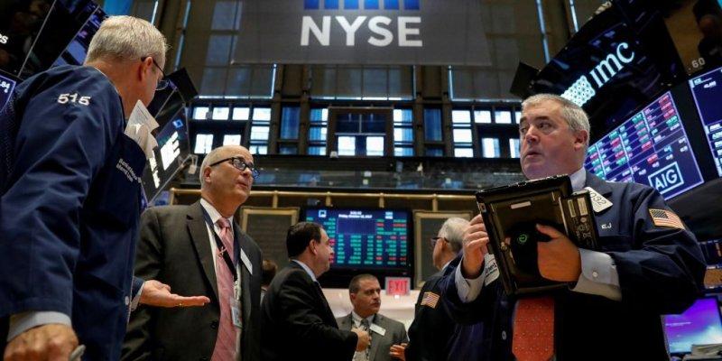 Stimulus intended to help coronavirus-ravaged small businesses instead rewarding hedge funds, brokerages | Fox Business